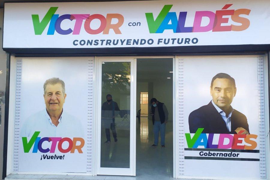 Mercedes: Victor Cemboraín inaugura su oficina de gestión