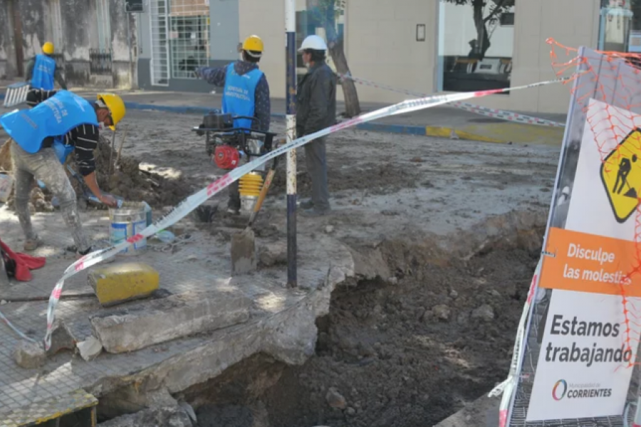 Quejas por la obra en la calle San Martín: Sin detalle oficial y dudas por los materiales