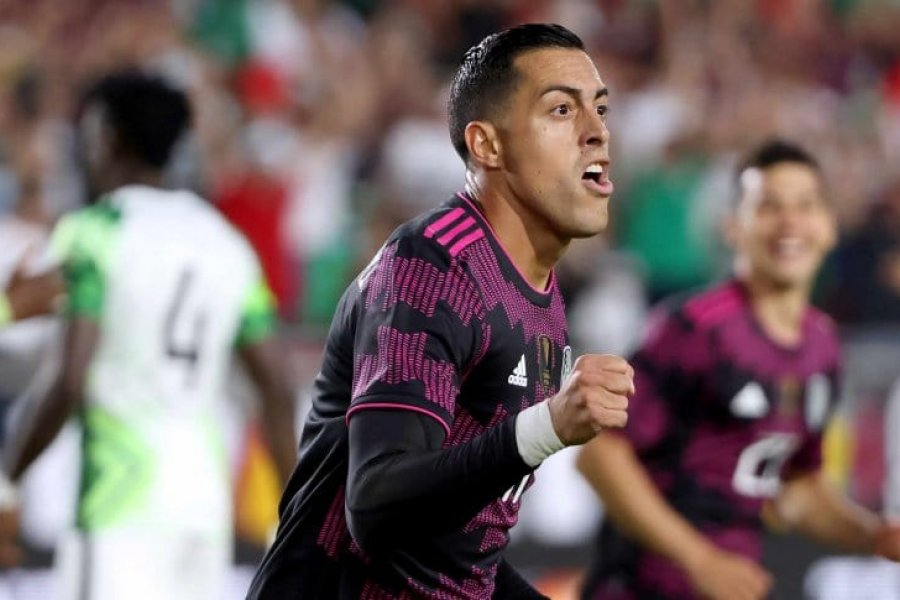 Himno y gol: así fue el debut de Rogelio Funes Mori en la selección de México