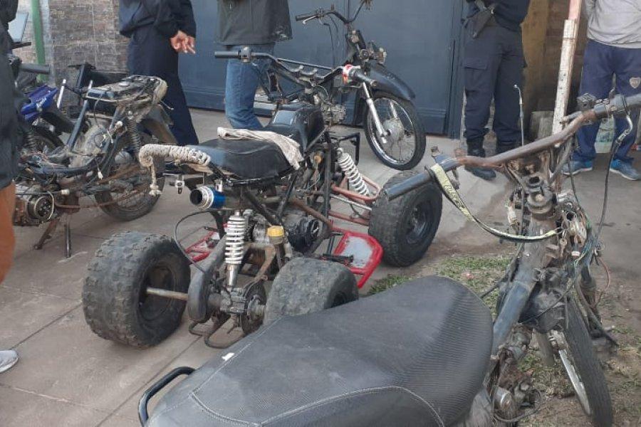 Allanaron un taller y secuestraron más de 20 motocicletas