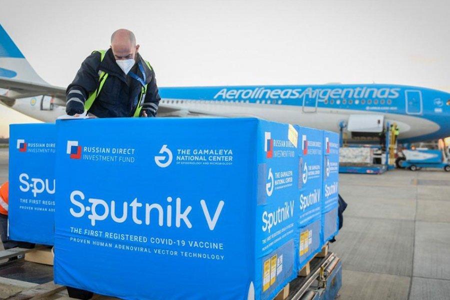 El sábado parte un nuevo vuelo de Aerolíneas a buscar vacunas Sputnik V