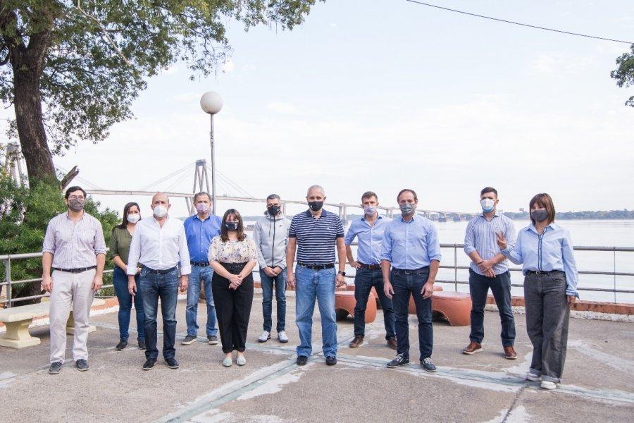 La lista de los candidatos del Frente Corrientes de Todos
