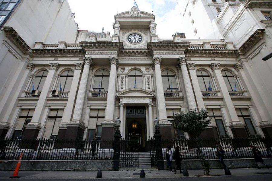 """El Banco Central y la Comisión de Valores estrechan el cepo sobre el """"Contado con liquidación"""""""