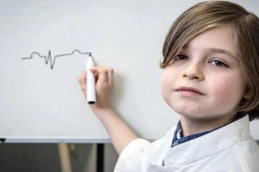 Tiene solo 11 años, es superdotado y se recibió en Física con la mejor nota