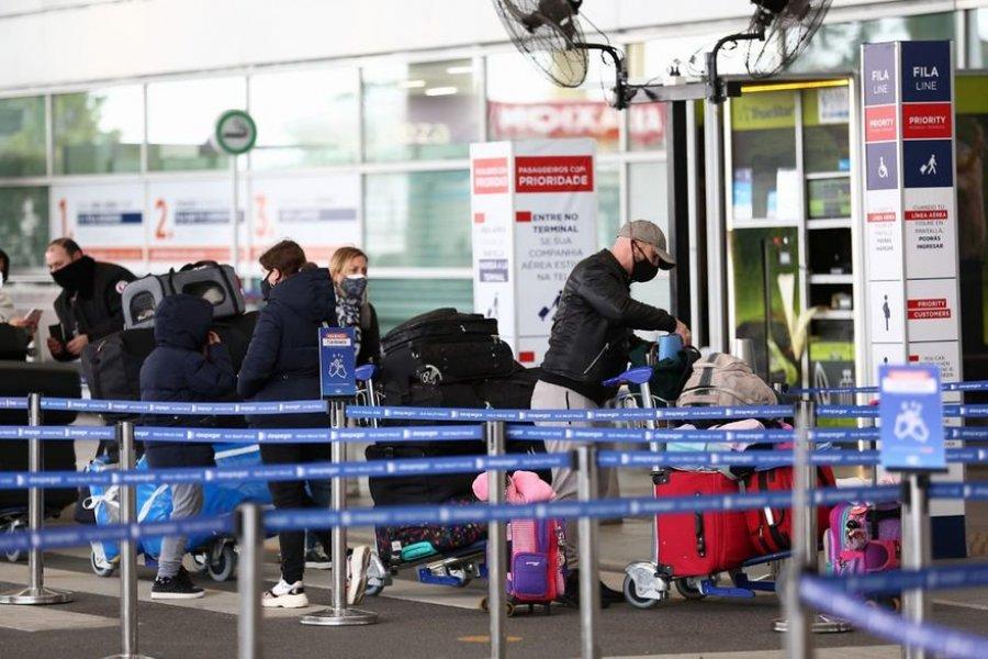Detectaron 9 casos de variante Delta en viajeros en las últimas dos semanas