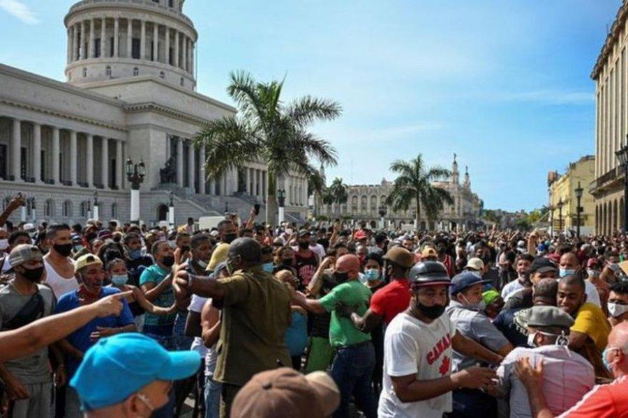 Represión en Cuba: confirman un muerto y varios heridos en las protestas