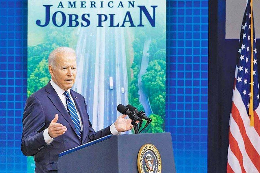"""Biden le agradeció a Alberto Fernández por su """"contribución"""" frente al cambio climático"""