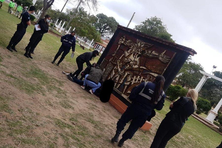 Corrientes: Un hombre se suicidó en el paseo Arazaty
