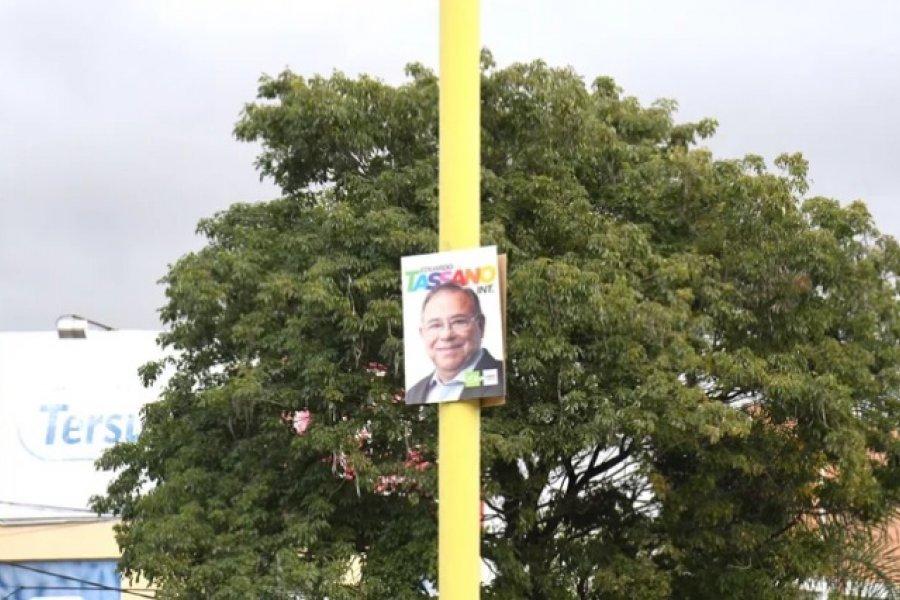 Elecciones: Polémica por los carteles en los espacios públicos