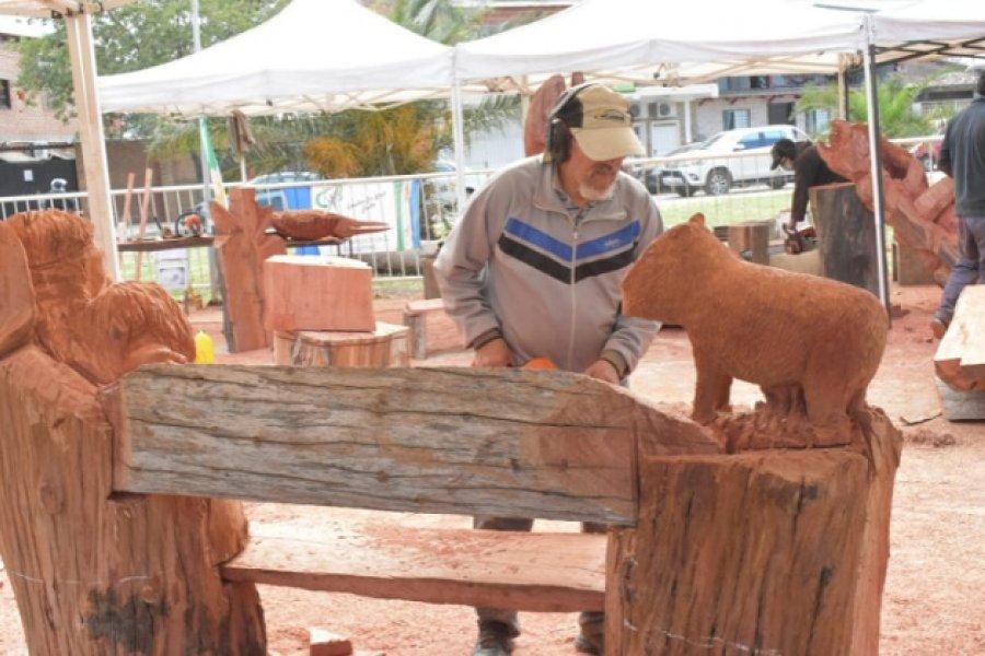 Exitosa segunda etapa del Encuentro de Escultores en Madera