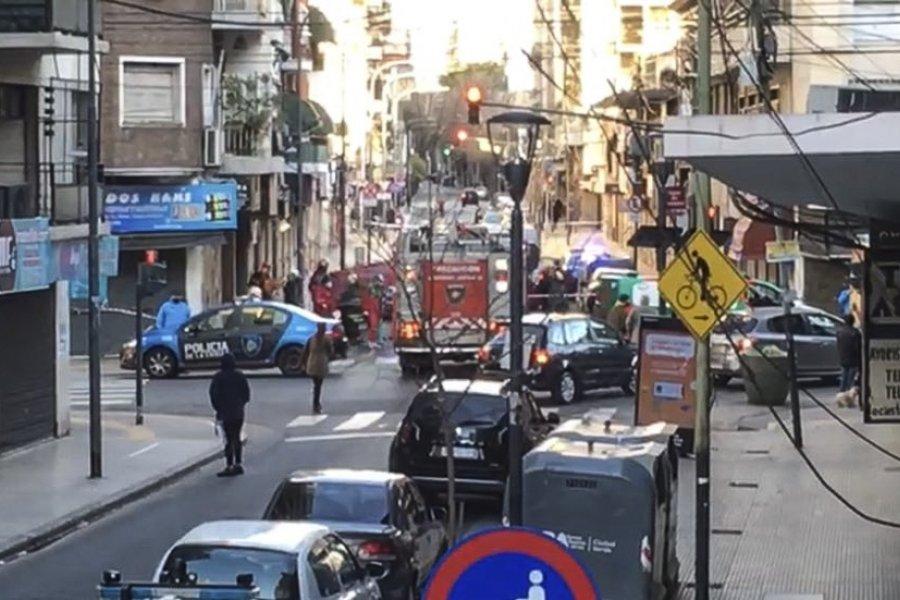 Una mujer y sus dos hijos murieron al saltar de un noveno piso