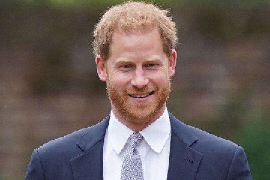 El príncipe Harry escribió en secreto una explosiva autobiografía a cambio de una fortuna