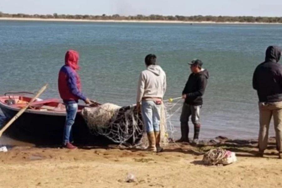 Pese a la bajante del Paraná, no encuentran a los jóvenes desaparecidos hace 10 meses