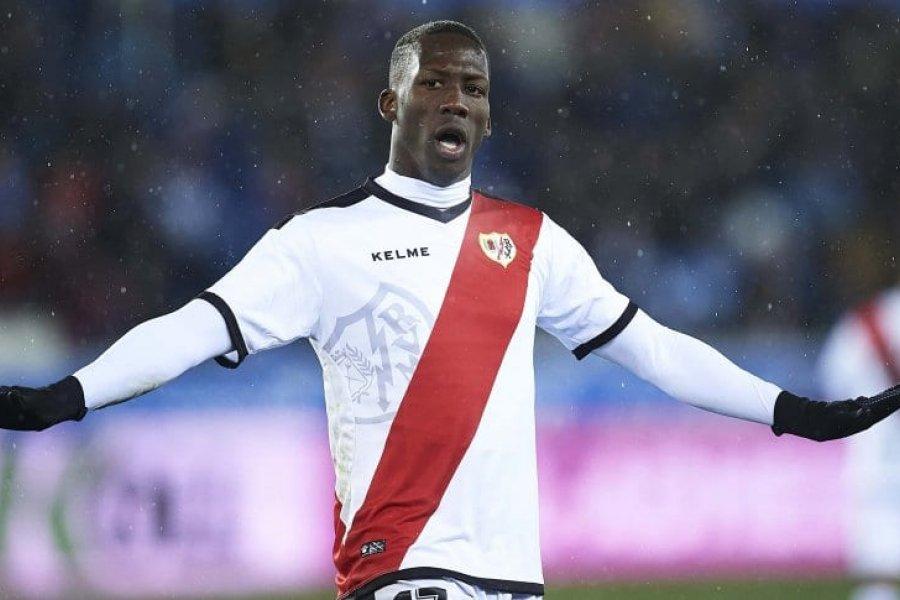 Boca arregló la cláusula por Advíncula: cuándo llega a la Argentina
