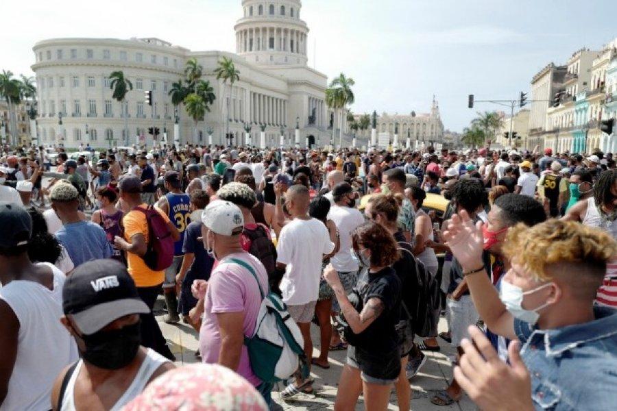 Cerrar filas con Cuba sin romantizarla