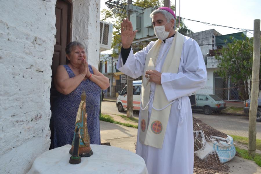 Un año con Larregain: En Corrientes se respira mucha religiosidad