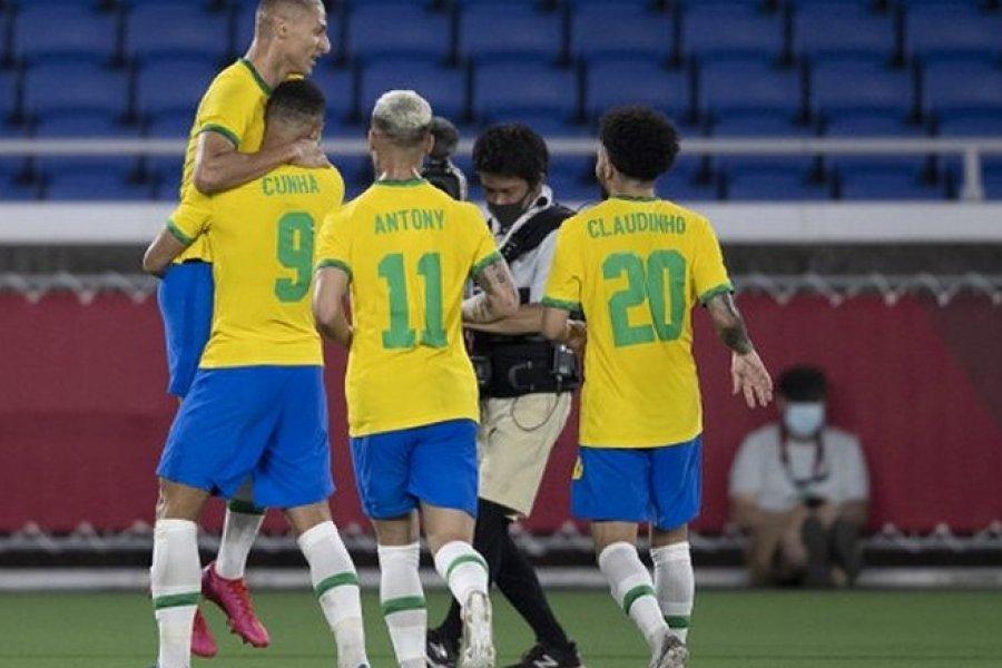 Brasil, defensor del oro, derrotó a Alemania por 4 a 2 con triplete de Richarlison