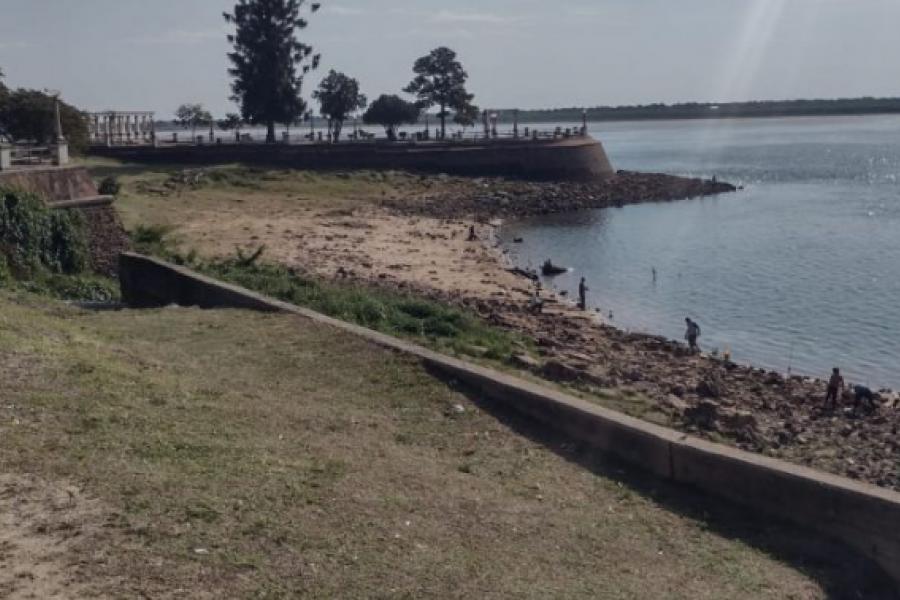 Día con cielo despejado y cálido en Corrientes