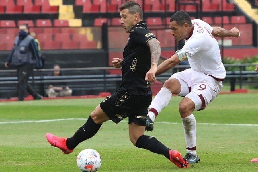 Con dos goles del correntino Sand, Lanús goleó a Colón