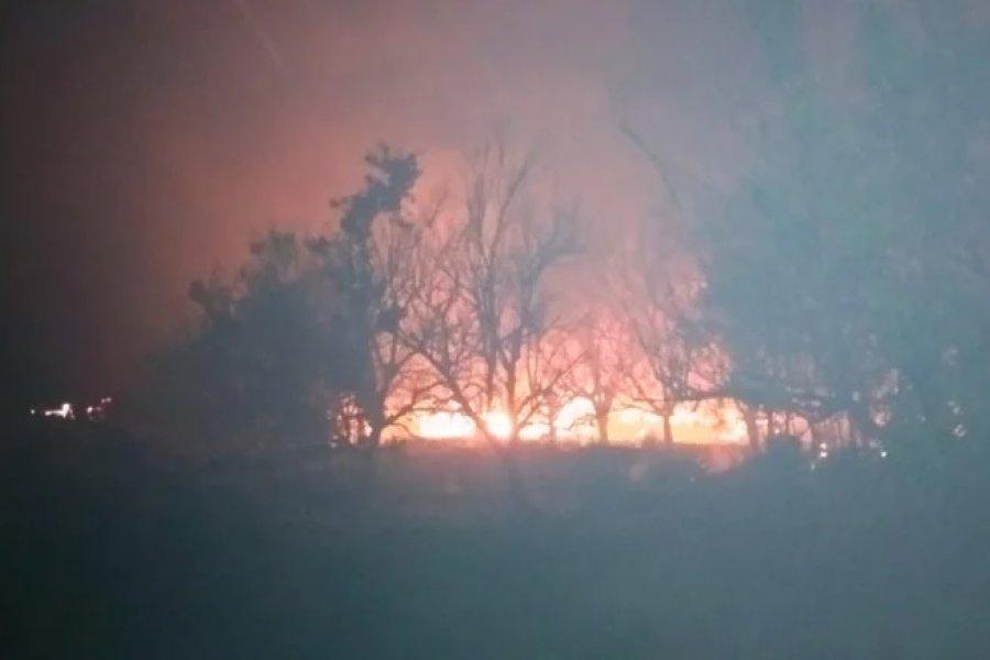 Murió un hombre en el incendio de su casilla de madera