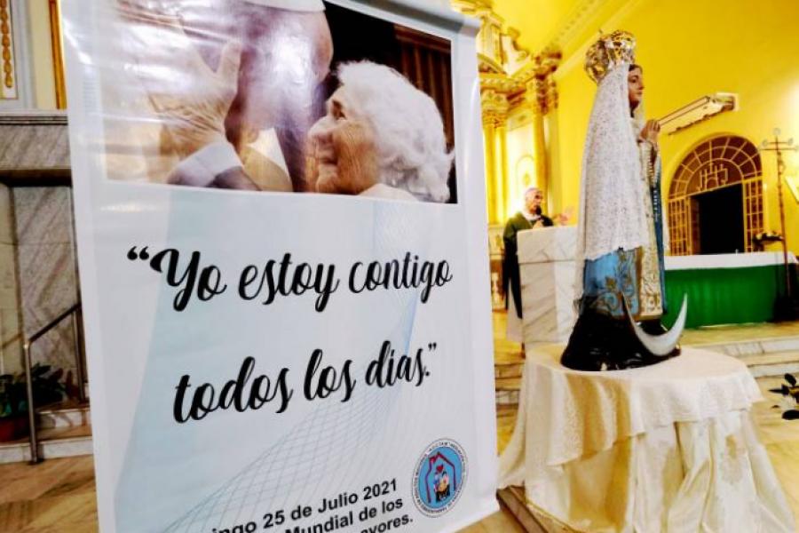El obispo pidió valorar, respetar y apreciar a los adultos mayores