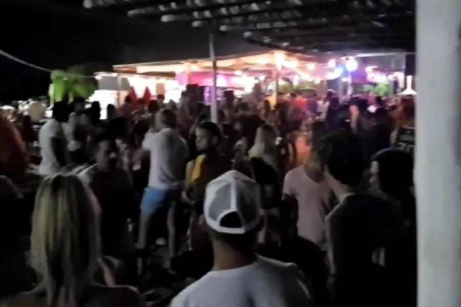 La Policía desarticuló una fiesta clandestina con más de 200 personas en Corrientes