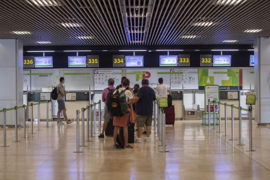 Los turistas argentinos no podrán ingresar a España hasta el 10 de agosto, aun vacunados
