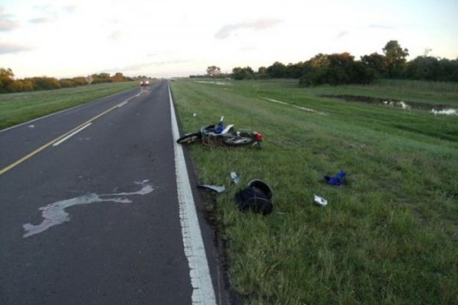 Gobernador Martínez: Motociclista falleció al chocar contra un animal
