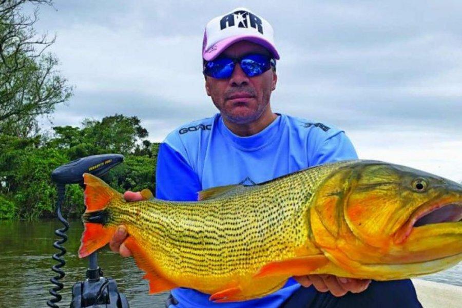 Pablito Lescano estuvo de pesca en Corrientes