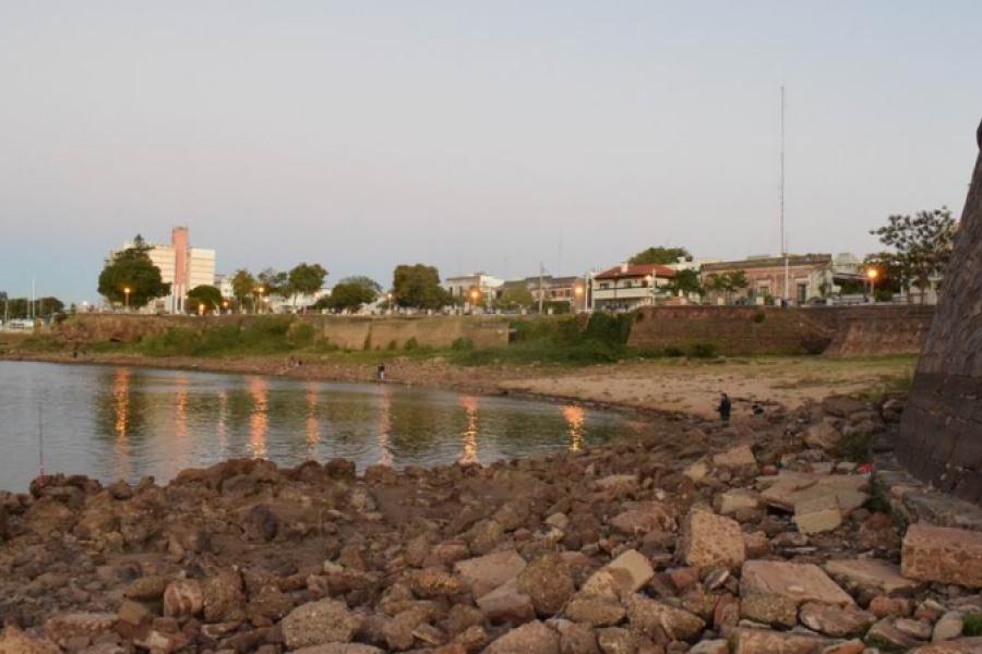 Peligrosas excursiones en senderos que ofrece la histórica bajante del río