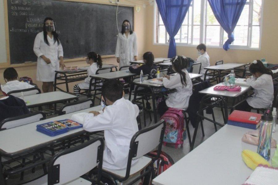 Trotta cuestionó al gobierno porteño por pretender eliminar el distanciamiento en las aulas