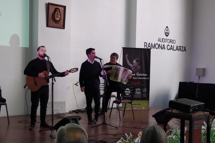 Inauguraron el auditorio Ramona Galarza en la Casa de Corrientes en Buenos Aires