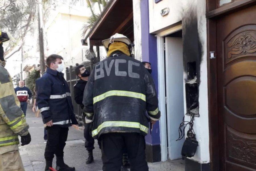 Susto por un incendio en una viviendas de Corrientes