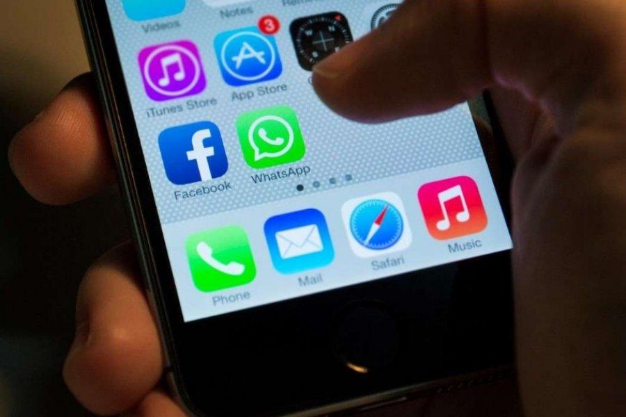 """El truco para reenviar un mensaje de WhatsApp sin que diga """"reenviado"""""""