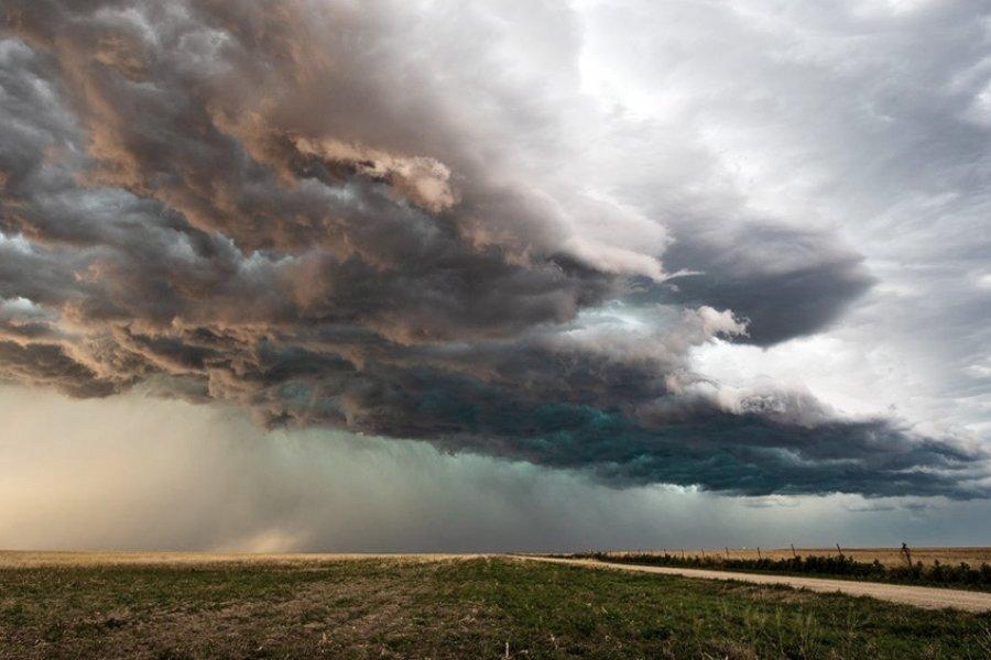Pronostican más calor y menos lluvias para los próximos tres meses