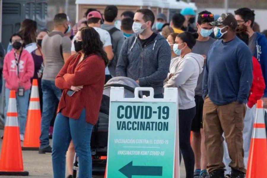 Una importante empresa de Estados Unidos echó a empleados por ir a trabajar sin vacunarse