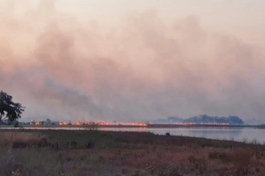 Impactante incendio causó pánico en Santa Ana