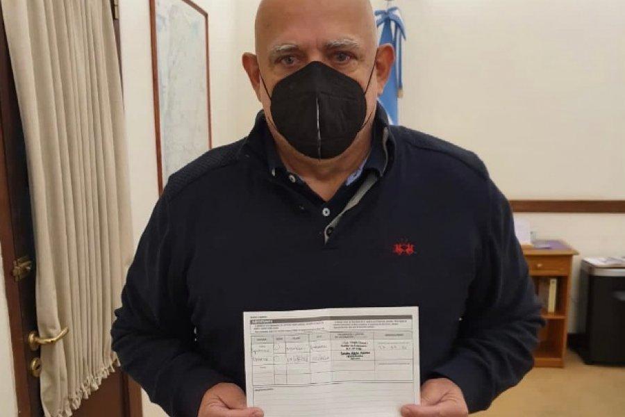 Con la vacuna Moderna, el ministro Vignolo recibió la segunda dosis