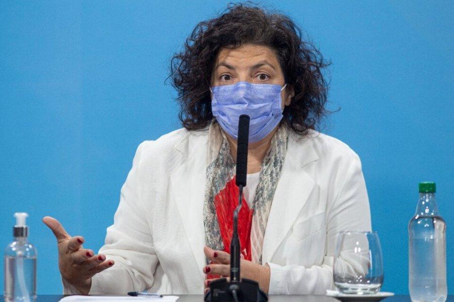 Carla Vizzotti adelantó que se evalúa una tercera dosis para personas de riesgo