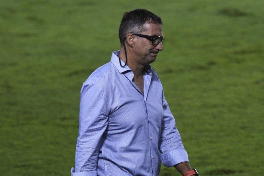 Racing decidió que Pizzi no siga como entrenador