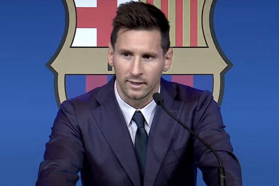 Lionel Messi llegó a un acuerdo con PSG y viaja en las próximas horas a París