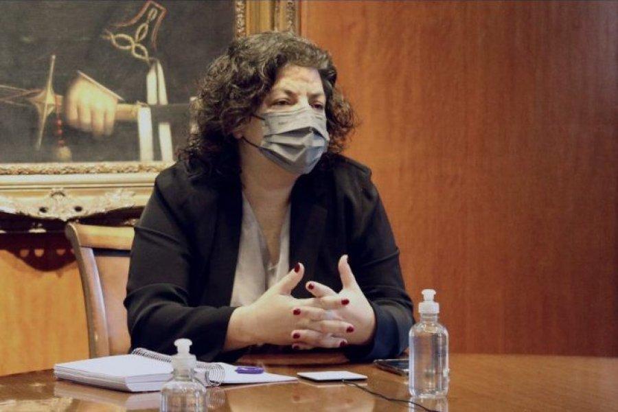 Carla Vizzotti viajó a Rusia para revisar el cronograma de entrega de vacunas