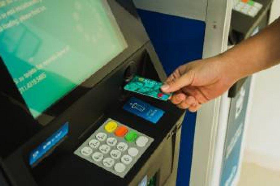 Este jueves 19 comienza el pago del plus de 15.000 pesos a estatales
