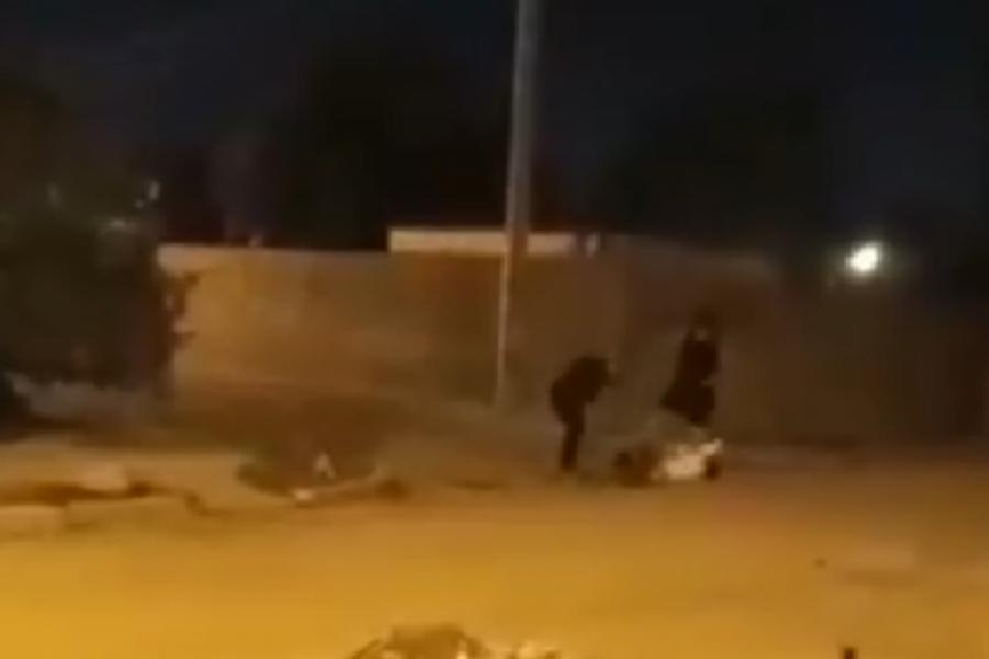 Dos hombres le dieron una paliza a un joven en Goya