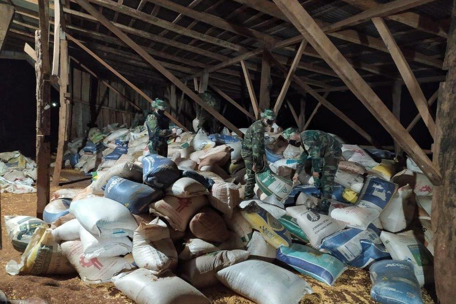 Prefectura secuestró 274 toneladas de maíz y mercadería de contrabando