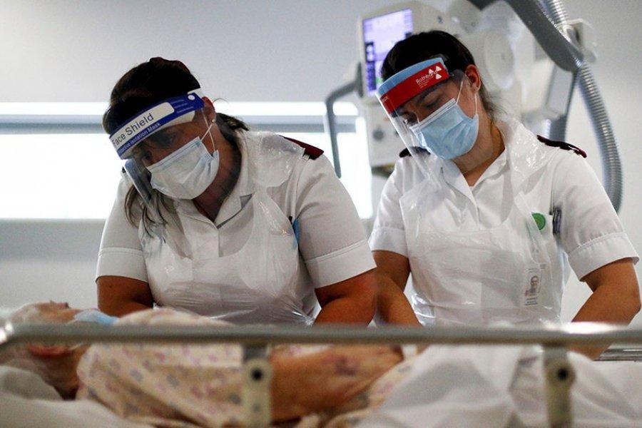 La variante Delta tiene el doble de riesgo de hospitalización
