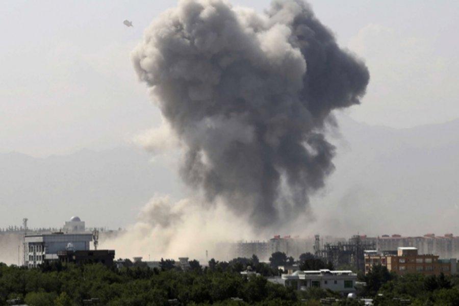 Al menos un niño muerto y tres heridos por ataque de misil en Kabul