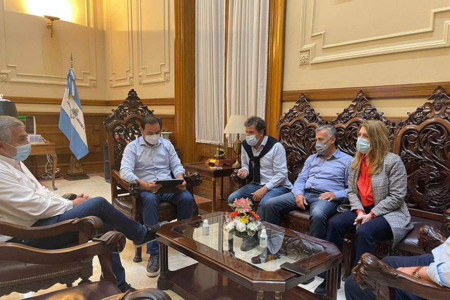 La UCR desembarcó en Corrientes con el objetivo de nacionalizar un triunfo de Valdés
