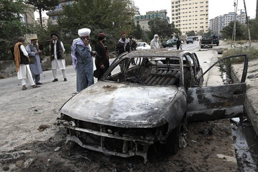 El EI-K reivindicó el ataque con cohetes contra el aeropuerto de Kabul