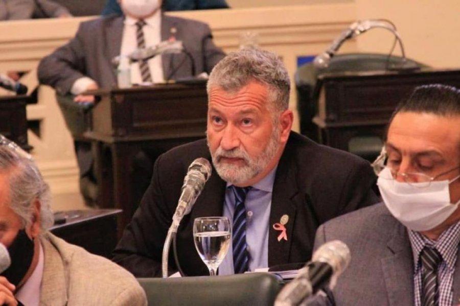El diputado Miguel Arias podría pasar a sala común